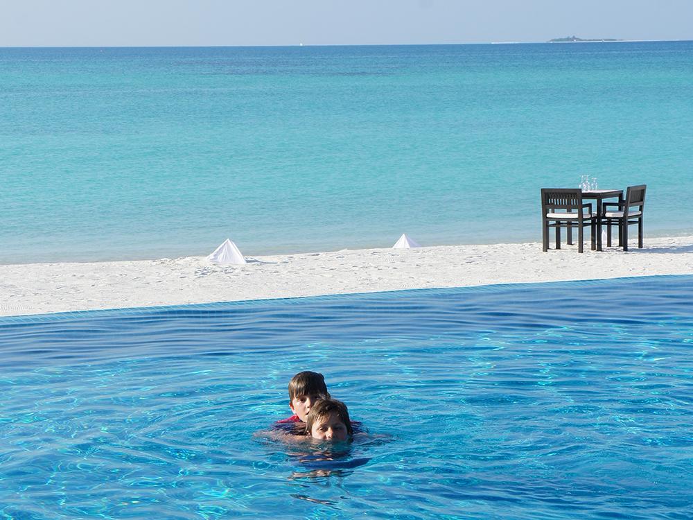 Luxury Travel Studio Maldives sea pool